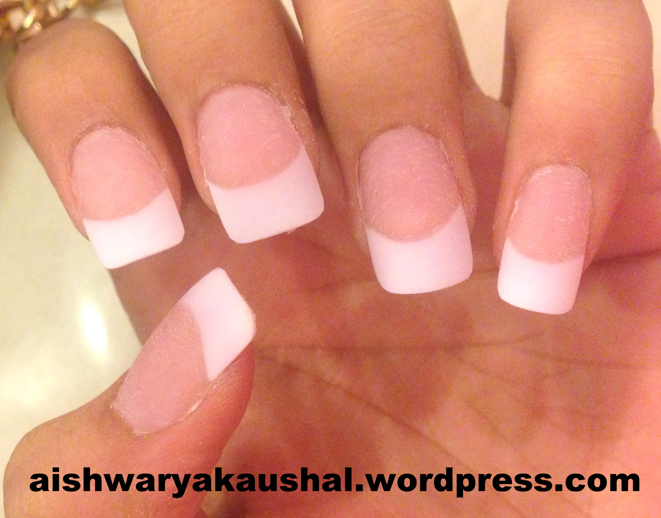 My Experience With Acrylic/Fake Nails And Gel Manicure! – Glamour ...