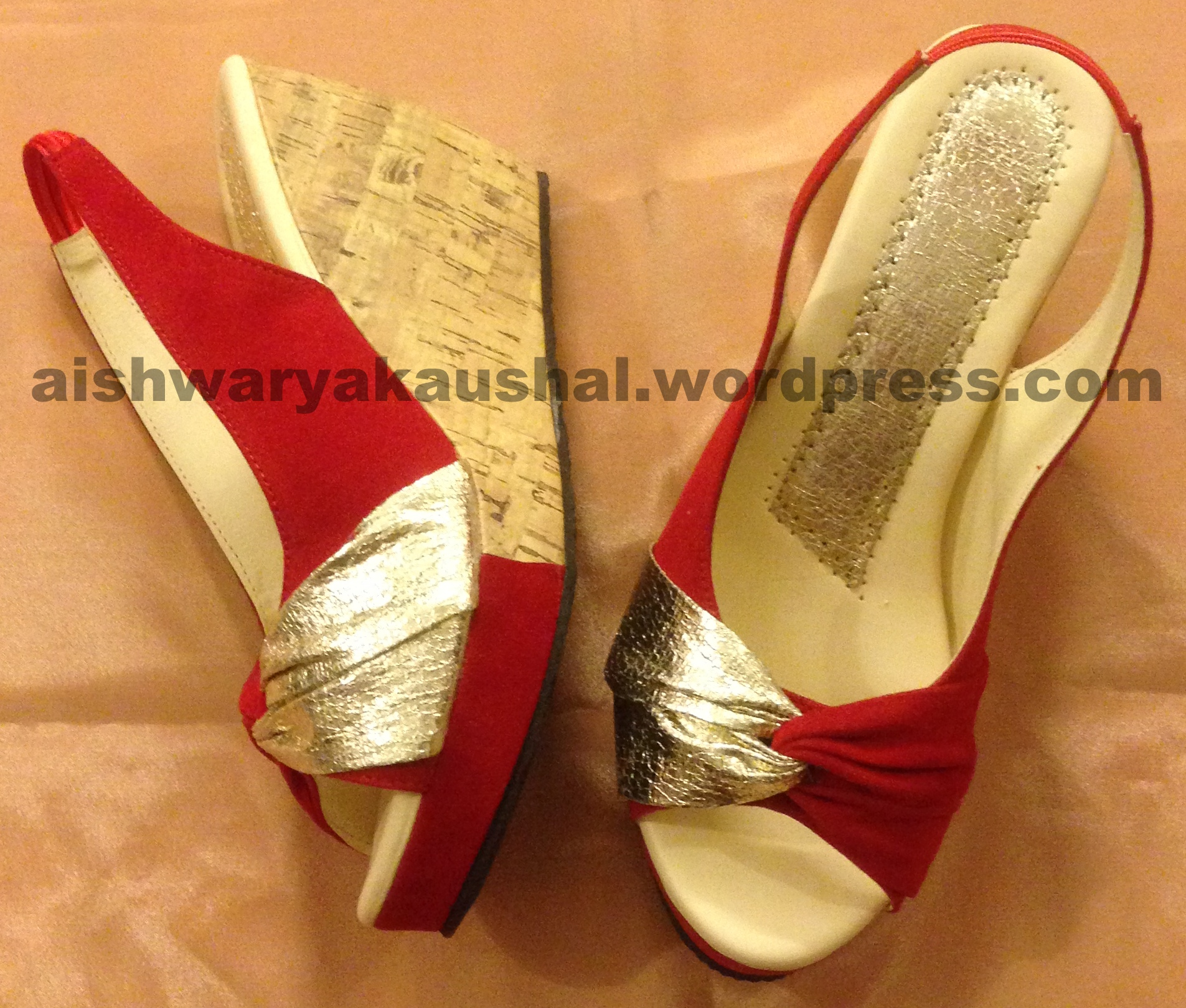 Golden Peep Toes Shoes